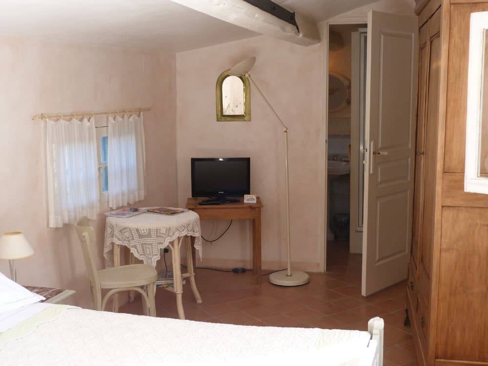Chambre Hotes Cotignac Les Lauriers Roses 9